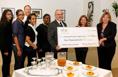 National Mango Board Donates 5000 To Food And Finance High School