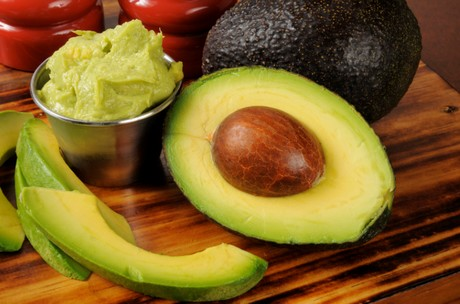 how to stop guacamole from browning