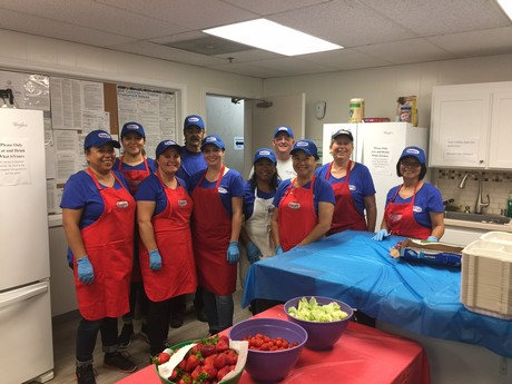 California Giant staff serve over 1,000 lunches